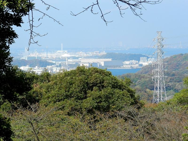 The view of Tokyo Bay toward Tokyo.